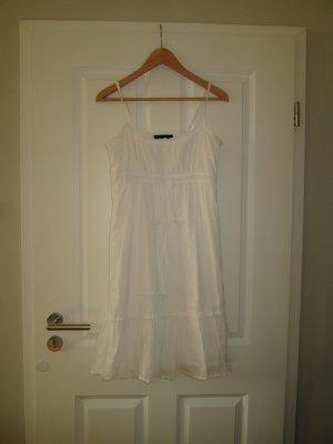 weißes Sommerkleid, ohne Durchblick!
