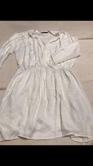 Weißes Sommerkleid sehr luftig