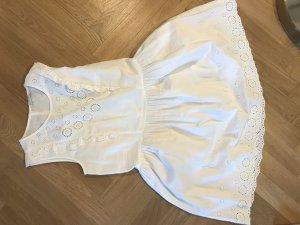 Weißes Sommerkleid von Mint&Berry