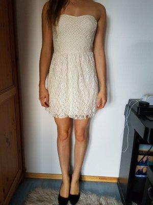 weißes spitzen bandeau Kleid