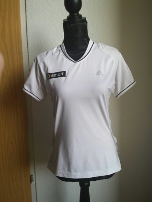 weißes Sportshirt von Adidas