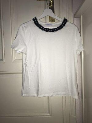Weißes T-Shirt mit Perlenstickerei von Zara
