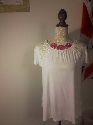 Weißes T-Shirt mit schönen Bestickungen * Hallhuber*