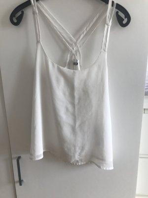 Weißes Top mit schönem Rückenausschnitt