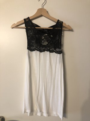 Atmosphere Lace Top black-white