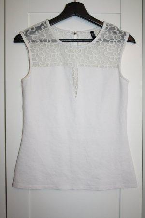 weißes Top mit transparentem Einsatz im Schulterbereich, V-Ausschnitt