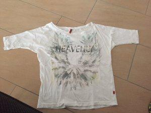Weißes Tshirt mit Aufdruck