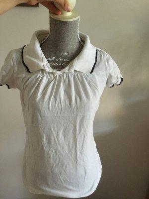 Weißes Tshirt mit Polokragen