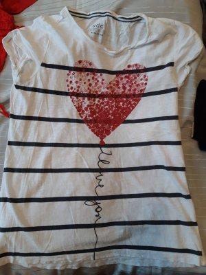 Weißes Tshirt mit Streifen und Herz