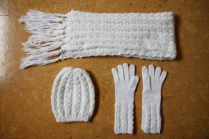 Knitted Scarf white-natural white mixture fibre