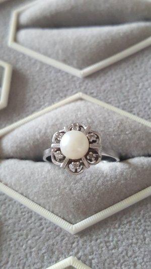 Weißgold Ring 585 mit 6 Diamanten und echter Perle