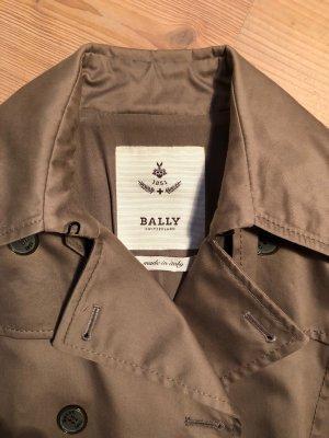 weit geschnittener Bally-Trenchcoat in beige-braun