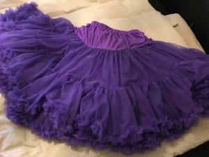 Enaguas violeta oscuro