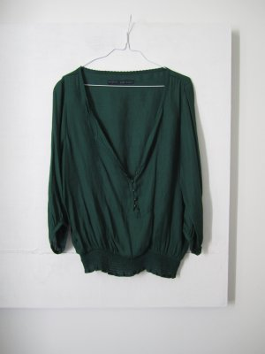 weite, dunkelgrüne Bluse im Boho Style