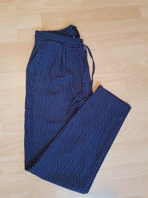 Weite Hose mit Muster