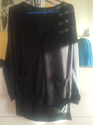 Weite Strickjacke mit Taschen Bds. in schwarz