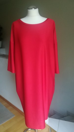 Weites Ripp-Kleid mit Seitentaschen Gr. 40/42
