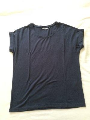 weitgeschnittenes T-Shirt