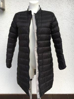 Wende-Daunenmantel von Armani schwarz und grau-silber