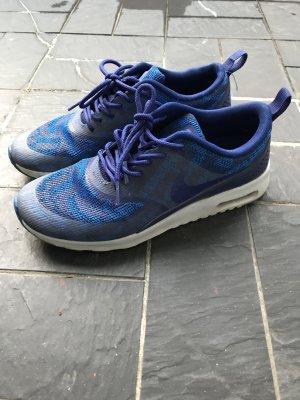 wenig getragene Nike Turnschuhe