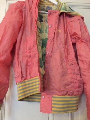 WESC Bomberjacke Pink
