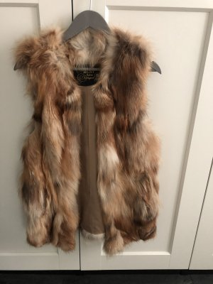 Fur vest brown