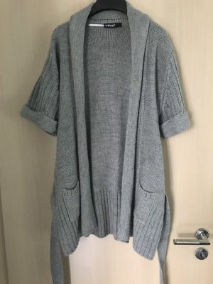 Gilet tricoté argenté