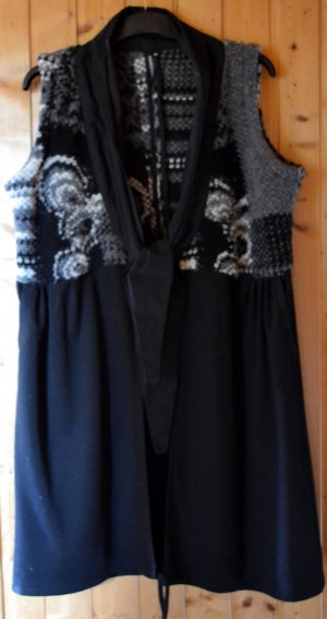 Long Knitted Vest multicolored