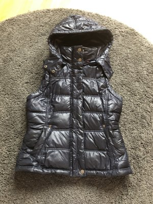 QS by s.Oliver Quilted Gilet dark blue