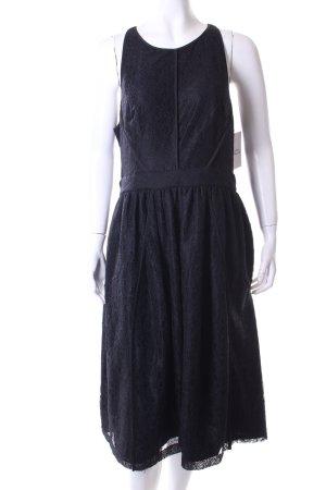 Whistles Spitzenkleid schwarz florales Muster Street-Fashion-Look