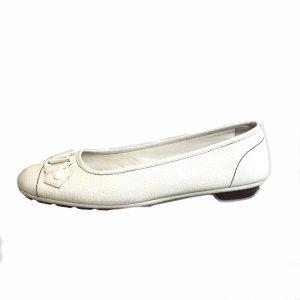 White  Louis Vuitton Flat