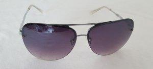 Why not? *Kaufen und Sparen* Sonnenbrille von Elie Tahari