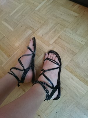 Wickel Sandalen Schwarz Lackleder