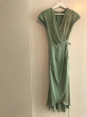 Mango Suit Robe portefeuille vert clair-doré