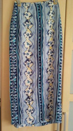 Wickelrock in Blautönen