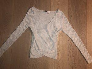 H&M Camisa cruzada gris claro