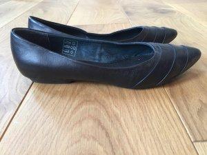 wie NEU Bata Ballerinas Leder Gr. 38 kaum getragen schwarz