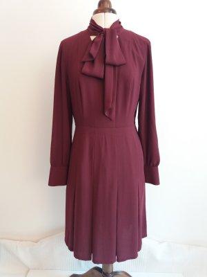Wie neu: Blusenkleid mit Schluppe und Faltenrock Gr. 38