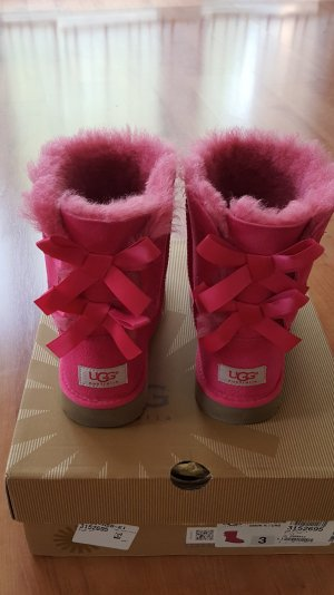 Wie neu! Original Ugg Bailey Bow in pink Gr. 35