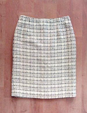 Wool Skirt white-black