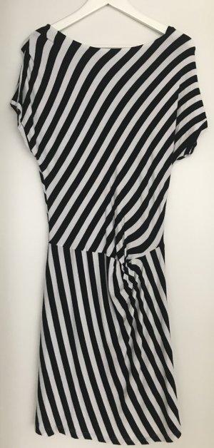 Wie neu! Schönes Kleid von More&More