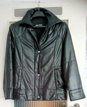 Wie neu: Schwarze Jacke von Gerry Weber in GR 36 (fällt wie M aus
