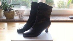Wie Neu ! Stiefeletten von Bally - Leder - schwarz -  1x getragen Gr. 38,5