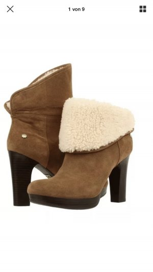 UGG Australia Winter Booties multicolored suede