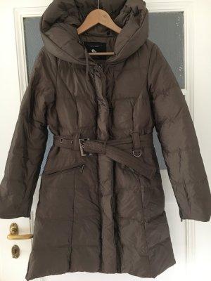 Wie neu: warmer Daunenmantel von Zara