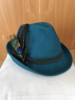 Sombrero de fieltro petróleo