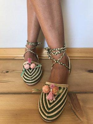 Sandales à lanière multicolore