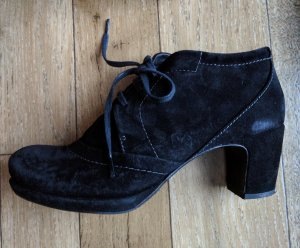 Homers Ankle Boots black suede
