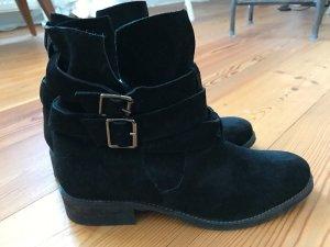 Deena & Ozzy Low boot noir daim
