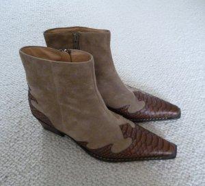 Wildleder-Boots von Paul Green